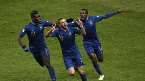 Pháp - Ukraine: Bước ngoặt từ trọng tài - 1