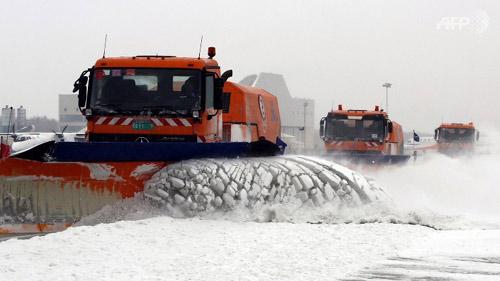 Ảnh: Bão tuyết hoành hành ở TQ, 4 người chết - 3