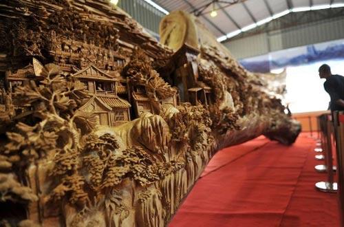 Bức tranh trên khúc gỗ đạt kỷ lục Guinness - 3
