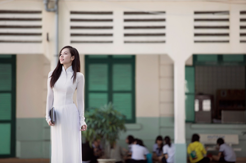 Ngọc Bích duyên dáng với áo dài nữ sinh - 9
