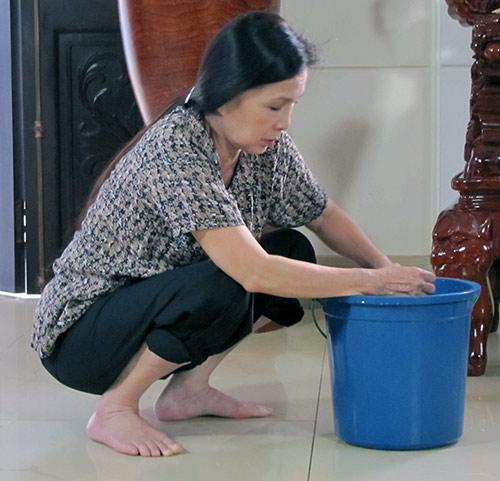NSƯT Kim Xuân xúc động vào vai ô sin - 2