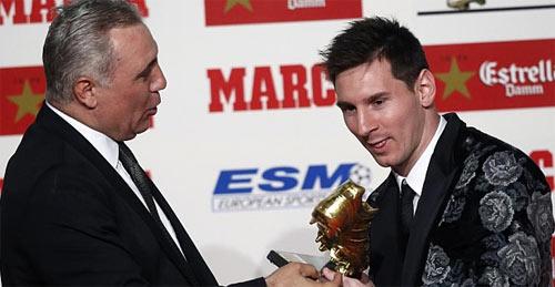 """Messi nhận danh hiệu """"Chiếc giày vàng"""" - 2"""