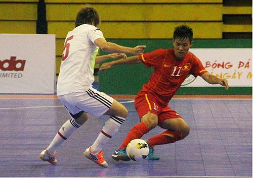 Futsal VN gây ấn tượng trước ĐKVĐ Châu Á - 1