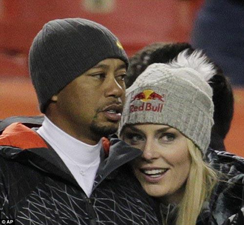 Bạn gái Tiger Woods lại gặp vận hạn - 1