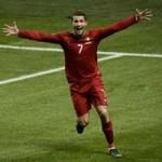 Bóng đá - Hãy ngả mũ trước Ronaldo và cả Ibra!