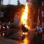 Tin tức trong ngày - TPHCM: Cháy nhà hàng, thực khách tháo chạy
