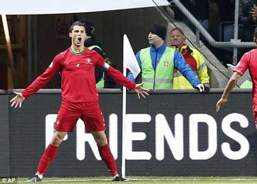 FIFA lùi ngày bỏ phiếu: Ronaldo lại mơ QBV - 2
