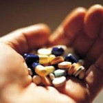 Sức khỏe đời sống - Uống 50 viên thuốc cảm tự tử vì thấy buồn