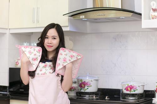 """""""Ma nữ"""" Trương Phương khoe nhà đẹp, xe sang - 7"""