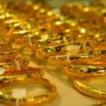 Tài chính - Bất động sản - Giá vàng giảm sốc, khách hờ hững thăm dò