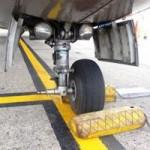 Tin tức trong ngày - Vụ rơi lốp máy bay được kết luận thế nào?