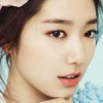 """Làm đẹp - Học Park Shin Hye trang điểm """"có như không"""""""