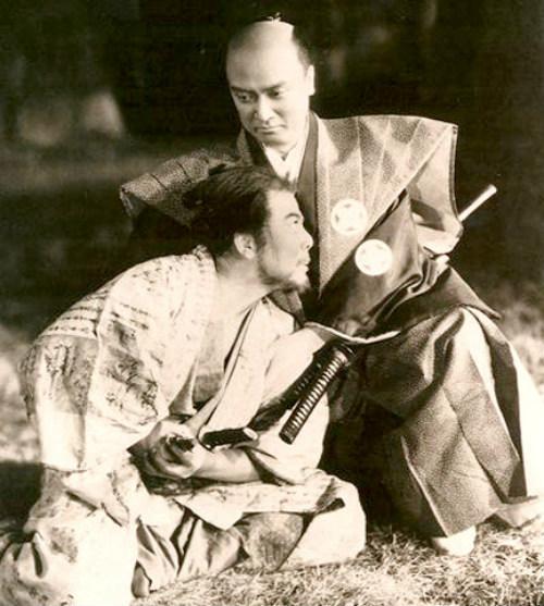 Ám ảnh vụ rạch bụng của 47 samurai - 13