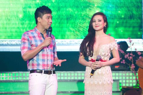 Những MC nóng bỏng của showbiz Việt - 19