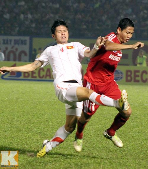 U23 VN: Chưa hết lo với Thanh Hào - 2