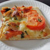 Tự làm pizza thịt gà tại nhà không khó