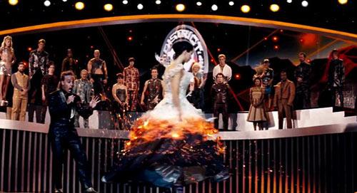3 clip gay cấn Hunger Games 2 - 4