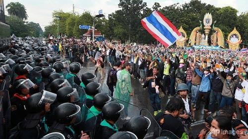 Bộ trưởng Thái Lan: Chưa thể xảy ra đảo chính - 1