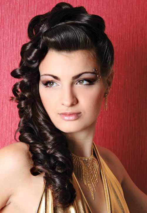 9 mẫu tóc dài phụ nữ Ấn yêu chuộng - 1