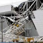 Bóng đá - SVĐ khai mạc World Cup 2014 đổ sập