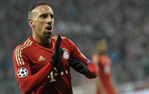 HOT: Real sẵn sàng bán Ramos cho cả Barca - 3