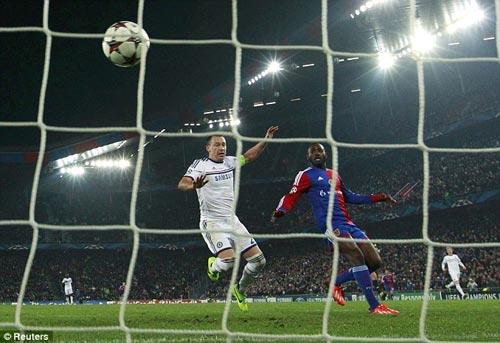 Khi Mourinho cũng chẳng hơn gì Di Matteo - 2