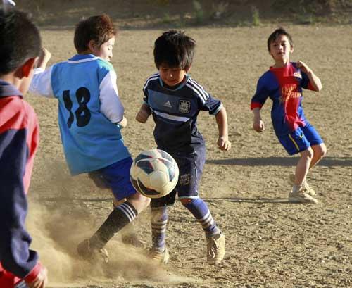 """""""Messi tuyết""""-thần đồng bóng đá Argentina - 2"""