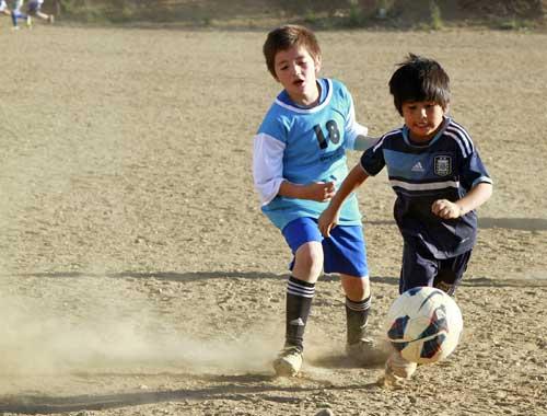 """""""Messi tuyết""""-thần đồng bóng đá Argentina - 3"""