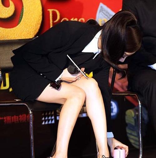 Sao Hàn mặc giống Angela Phương Trinh - 11