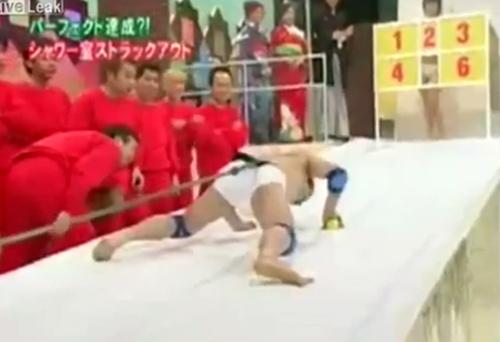 """""""Chơi hết mình"""" như gameshow Nhật Bản - 9"""