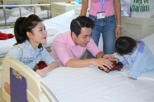 Vợ chồng Đăng Khôi đón sinh nhật trong bệnh viện - 3