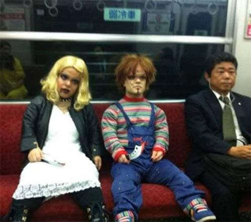 """12 """"dị nhân"""" trên tàu điện ngầm - 11"""