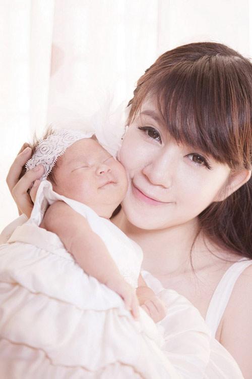 5 nhà sao Việt sinh công chúa 2013 - 11