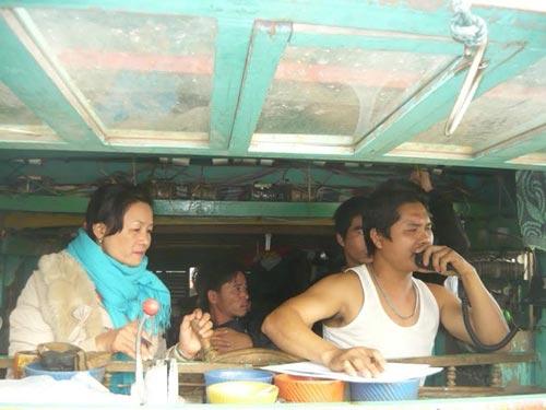 Chìm tàu ở Nghệ An: 2 người sống sót kỳ diệu - 1