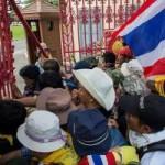 """Tin tức trong ngày - Thái Lan: Sở chỉ huy quân đội bị """"đánh chiếm"""""""