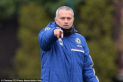 Hàng tiền đạo Chelsea: Phó mặc số phận? - 1
