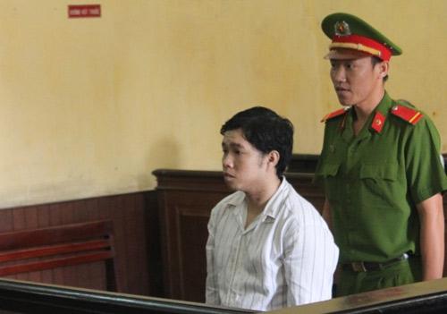 Người mẹ ngất xỉu khi con bị tuyên án tử hình - 1