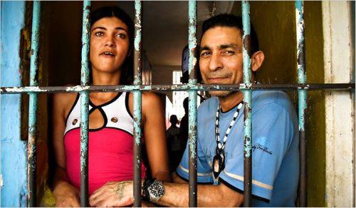 Bức tranh đáng sợ về hệ thống nhà tù Venezuela - 2