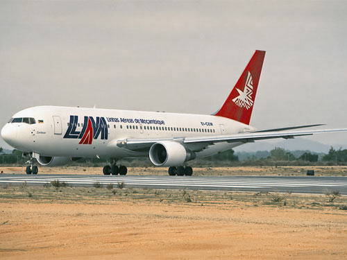 Máy bay chở 34 người của Mozambique mất tích - 1