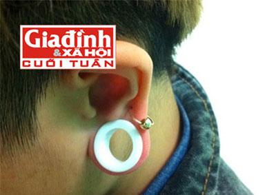 Thú chơi nong tai, xẻ lưỡi của giới trẻ Hà thành - 1
