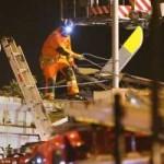 Tin tức trong ngày - Máy bay rơi vào hộp đêm ở Scotland: 8 người chết