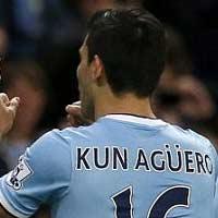 """Aguero học theo """"Bàn tay của Chúa"""""""