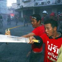 Biểu tình tại Thái Lan đã thành bạo lực đẫm máu