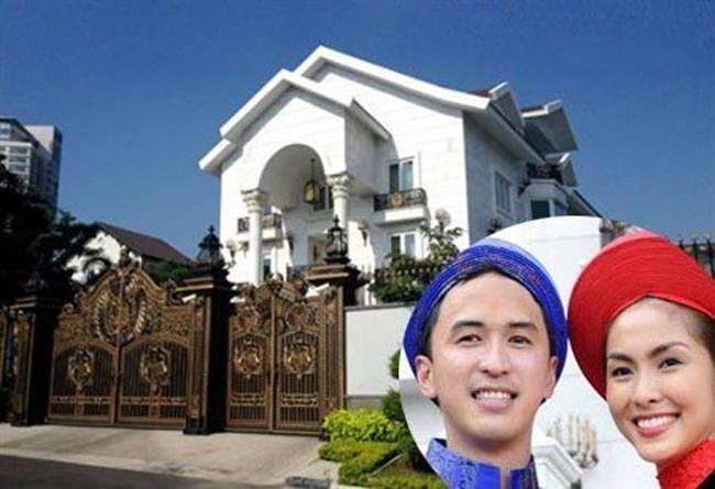 Là một gia đình rất nổi tiếng nhưng cũng kín tiếng, rất khó để có thể tiếp cận vào bên trong biệt thự hoành tráng và xa hoa của nhà chồng Tăng Thanh Hà.
