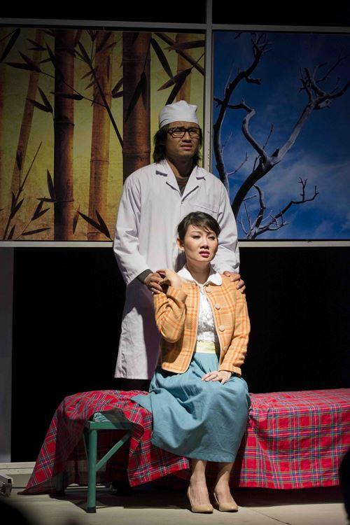 """Nguyệt Ánh """"lột xác"""" trên sân khấu kịch - 15"""