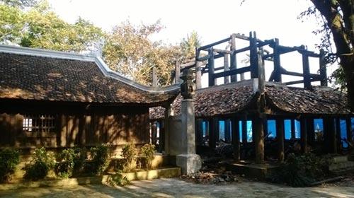 Cảnh tan hoang sau vụ cháy đền thờ Lê Lai - 9