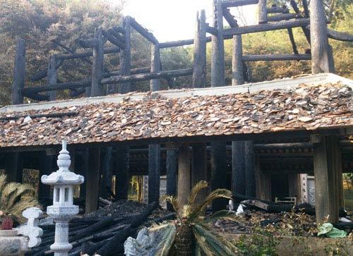 Bộ Công an vào cuộc vụ cháy đền thờ Lê Lai - 2