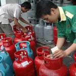 Thị trường - Tiêu dùng - Gas 'đội' giá do trung gian?