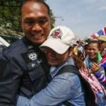 Tin tức trong ngày - Thái Lan: Cảnh sát nhượng bộ người biểu tình