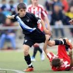 """Bóng đá - """"Tiểu Messi"""" khiến Man City, Barca ngây ngất"""